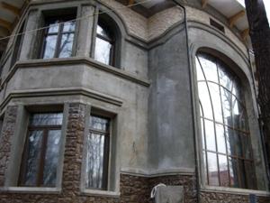 Для остекления коттеджей - лучшая фурнитура, декорирование алюминиевых профилей под дерево и любая геометрия оконных конструкций